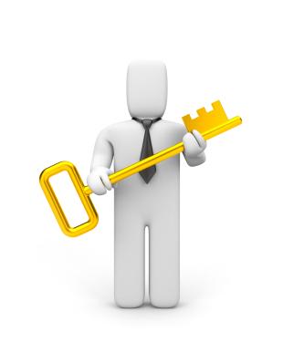 Homme avec une clé